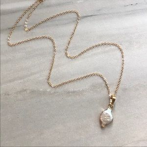 Dainty 14K Gold Simple Freshwater Pearl Necklace